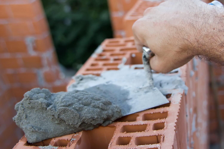 Для чего добавляют алебастр в цементный раствор раствор водостойкий цементный